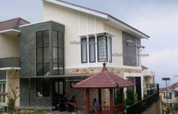 Harga Sewa Villa Batu Yang Cocok Untuk Liburan Keluarga