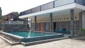 villa inures batu