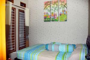 Cozy Villa Batu (8)