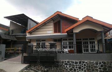 Villa Phiola Rara Songgoriti Batu
