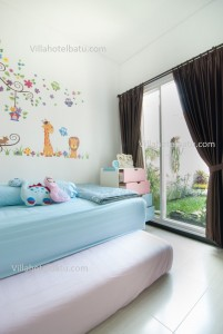 The Villa White Batu (6)
