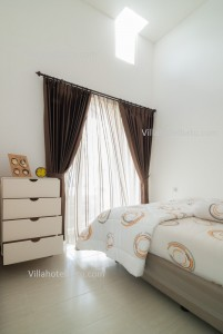 The Villa White Batu (7)