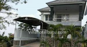 Villa Apel Panderman Hill Batu (12)