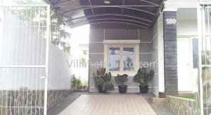Villa Apel Panderman Hill Batu (8)