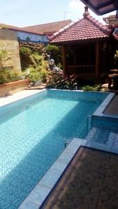Villa Cemara Samping Museum Angkut