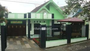 Villa Hijau Daun Batu