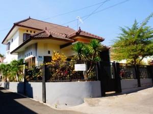 Villa Batu Ronggolawe