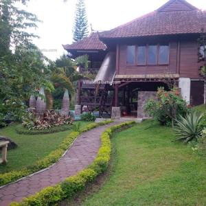Villa Batu Kayu Sidomulyo (3)