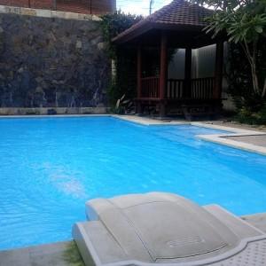 Villa Batu Malang Ada Kolam Renang