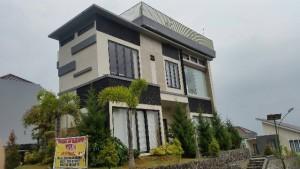 Sewa Villa Kusuma Agro Batu
