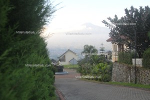 Sewa Villa Pinus Batu Malang