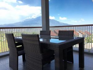 Villa dengan View Pegunungan Batu