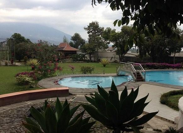 Fasilitas dari Villa Kolam Renang Pribadi di Batu Malang Untuk Rombongan