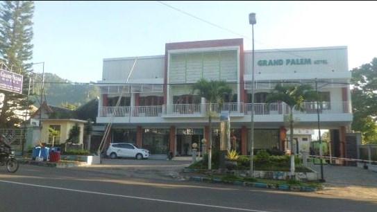 hotel grand palem batu