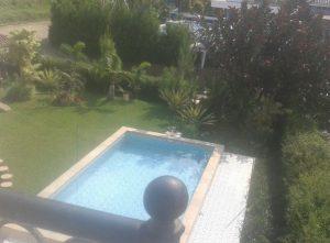 Villa Fasilitas kolam renang di batu dekat museum angkut