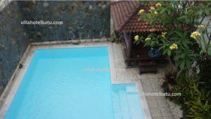 villa kolam renang murah batu malang