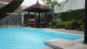 villa private pool murah batu