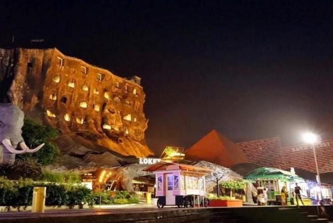 Hotel Pohon Inn