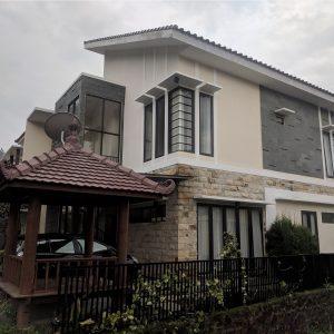 Zakiya Villa Batu 10