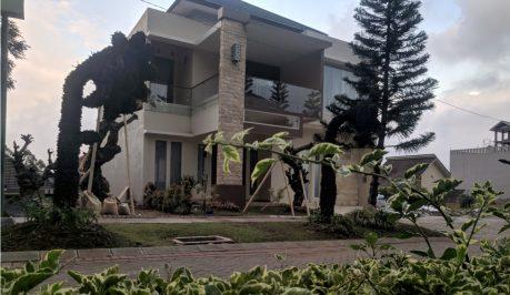 The Luxury One Villa Batu Malang