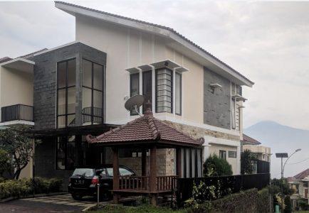 Villa Zakiya Batu Malang