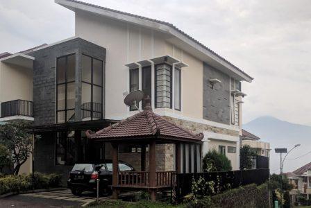 Villa Zakiya S1 Batu Private Pool
