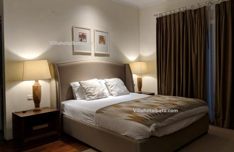 Villa Luxury Pinus M44 Batu 1
