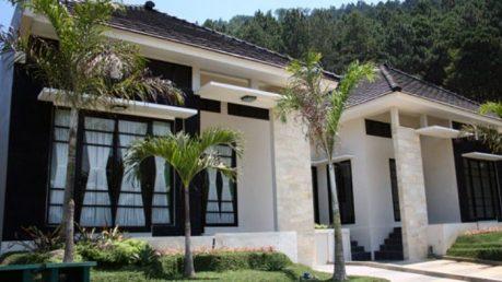 Cari villa di batu malang